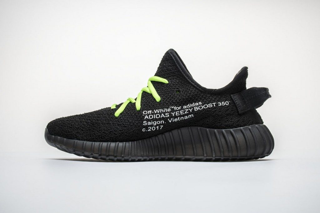 "official photos a47a5 7ee39 Off White x Adidas Yeezy 350 Boost V2 ""Black""HK1806"